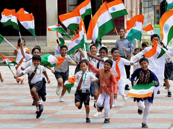 Children with Indian flags