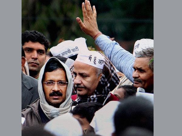BJP, Congress hit out at Kejriwal