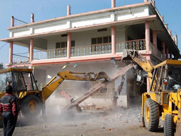 Asaram's ashram demolished