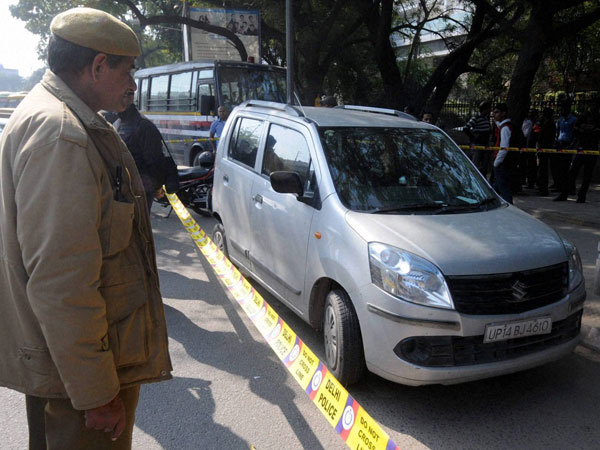Man robbed of Rs 7 cr in Delhi
