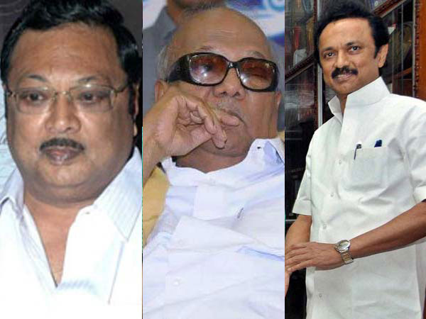 DMK fallout: 3 party MPs meet Alagiri on his birthday, extend support