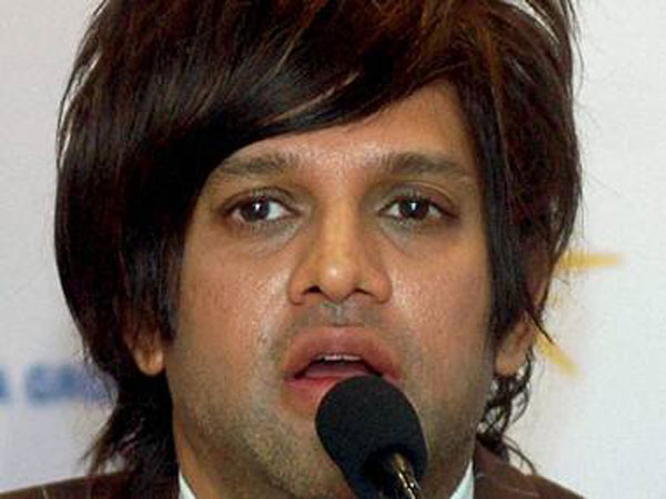Lookout notice against Yash Birla