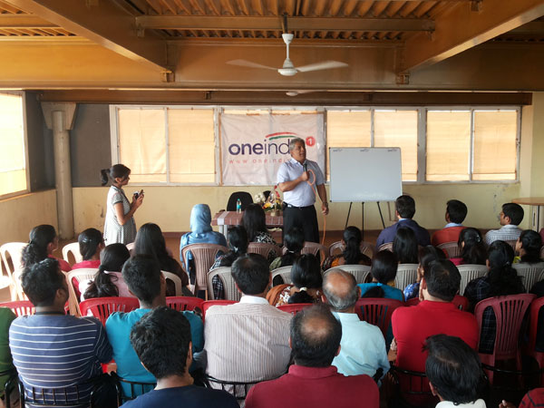 In pics: Ian Faria interacts with OneIndia