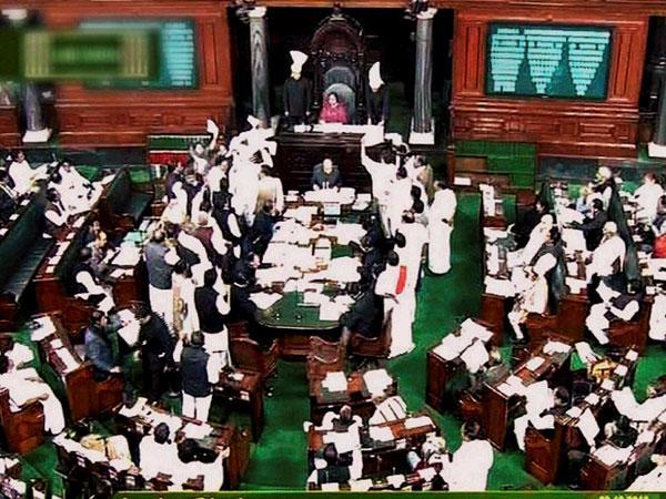 Telangana creates ruckus in Parliament again