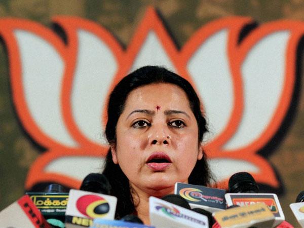 Meenakshi Lekhi hits out at  AAP, Cong