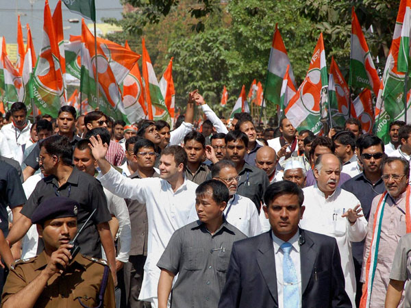 Rahul Gandhi takes on Modi in Gujarat