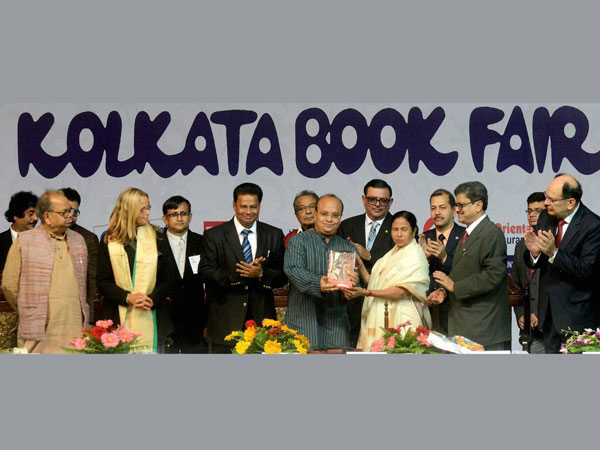 kolkata-book-fare