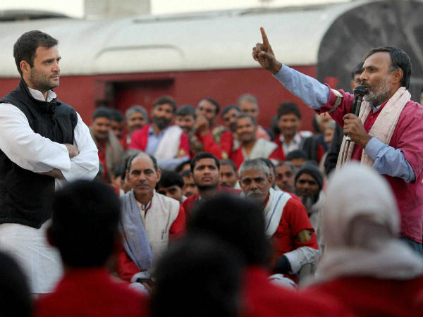 Porters were more than glad to interact with Rahul