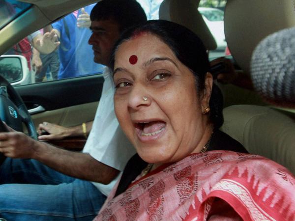 Sushma Swaraj hits out at Congress
