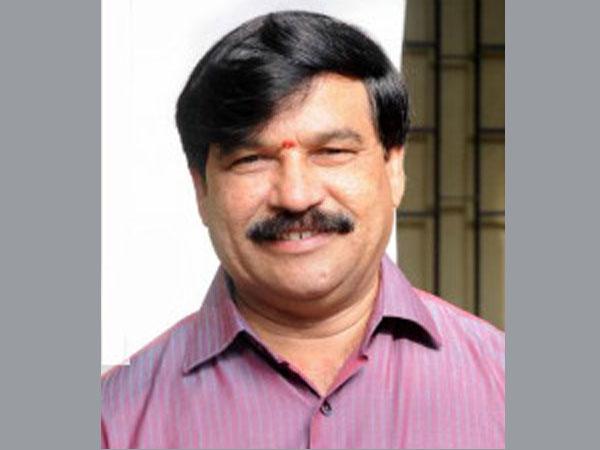 Former Karnataka min attempts suicide