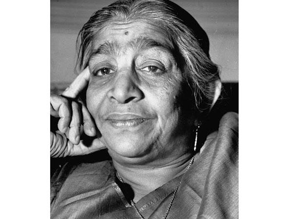 remembering the  u0026 39 nightingale of india u0026 39  on her 135th birth