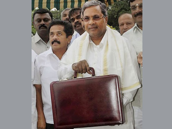 Siddaramaiah presents budget with poll in mind