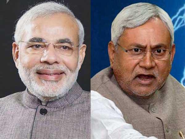 Nitish takes a dig at Modi