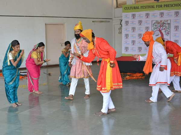 Children and parents take part in cultural activities