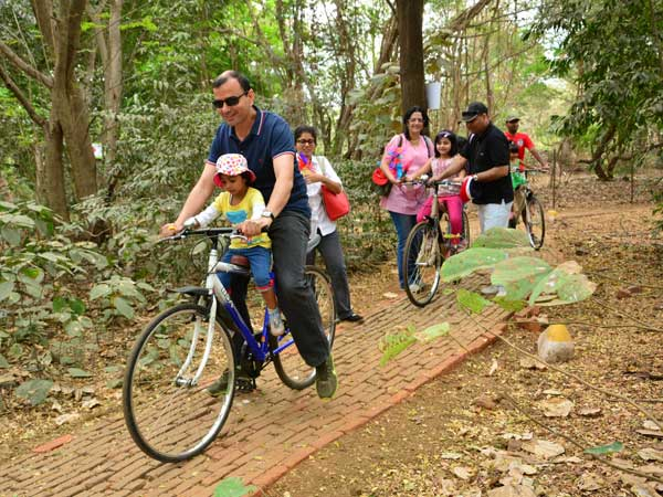 Adventure tail where parents took ride with their child on bicycles