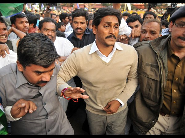 Pics: Jagan fights for united Andhra Pradesh