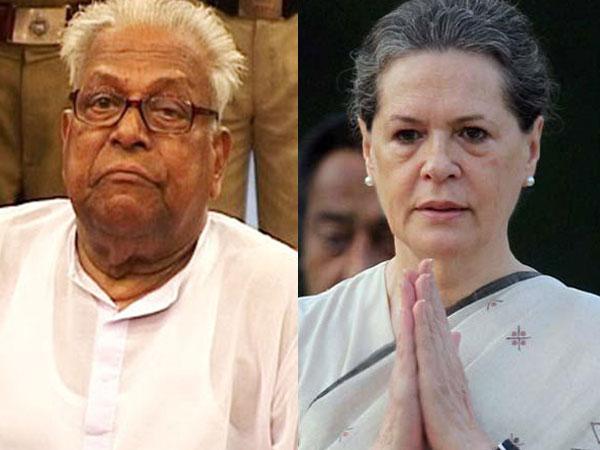 VS Achuthandnan slams Sonia Gandhi
