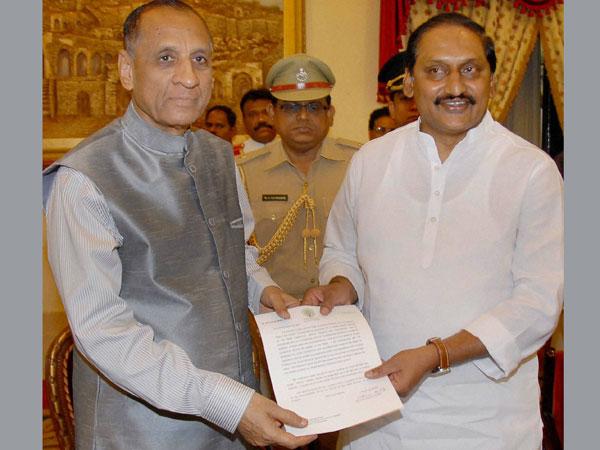 Kiran Kumar Reddy quits as Andhra CM