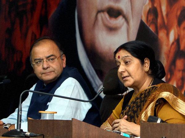 Jaitley, Swaraj hit out at the Congress