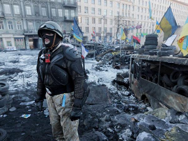 Ukraine: Warrant issued against Prez