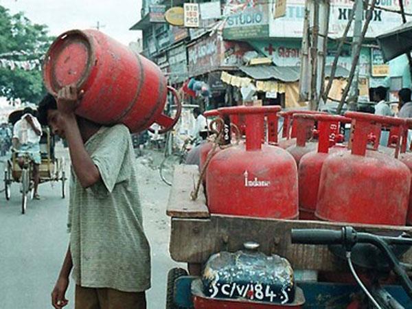 LPG dealers threaten to go on strike