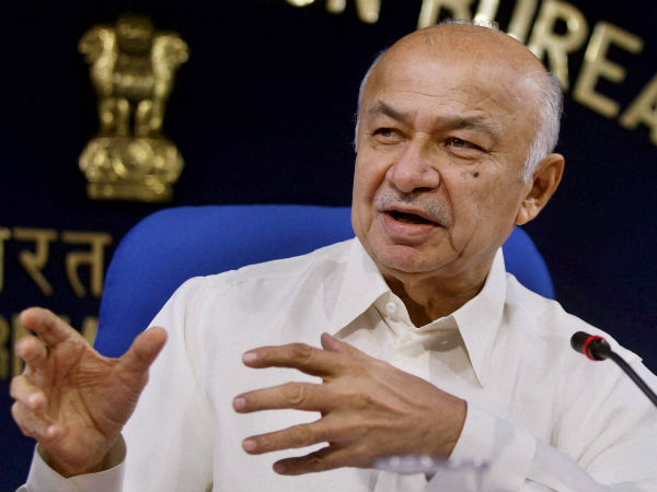 Shinde says he meant 'social media' and not journalism