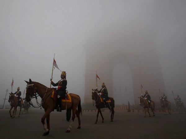 Cloudy Monday in Delhi