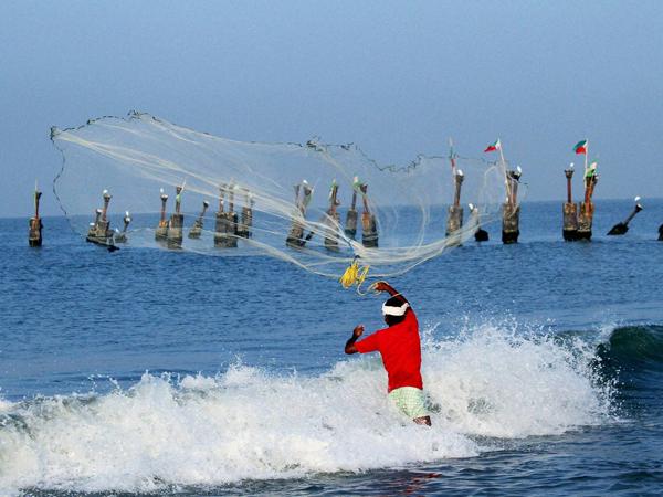 Climate change unites fishermen