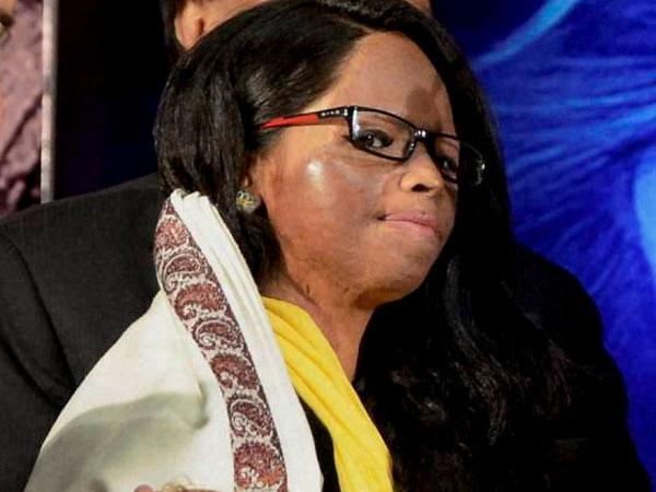 Acid attack victim felicitated in US