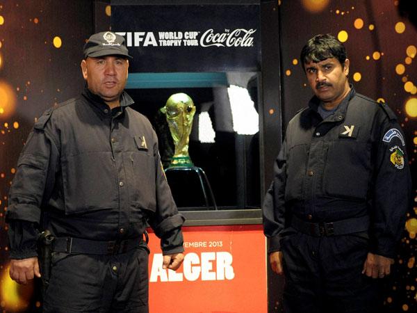 FIFA fines Uruguayan, Argentine