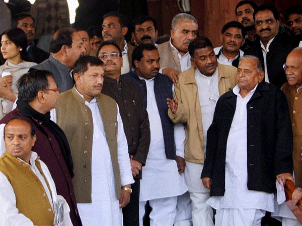 SP lists out Lok Sabha candidates