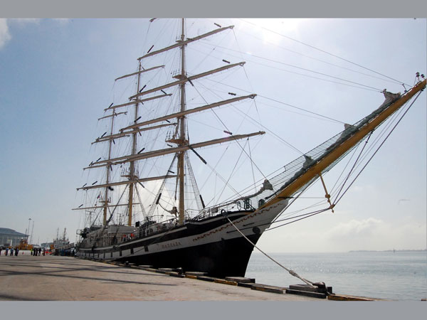 Russian sailing yatch arrives in Brunei