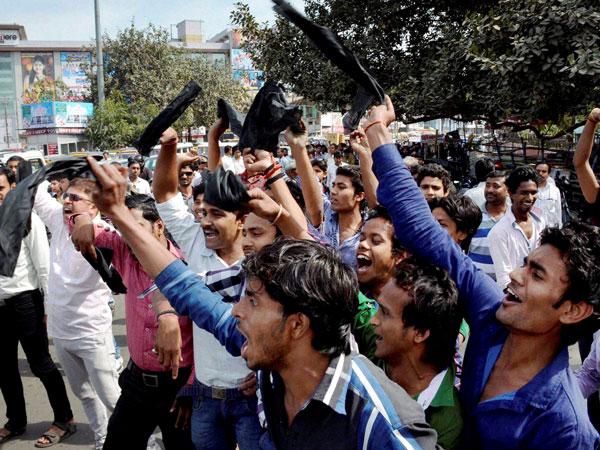 Protest over Shatrughan Sinha in Bihar