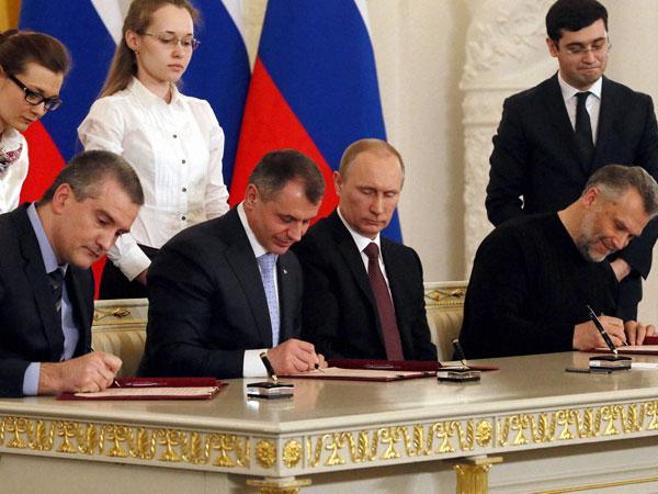 Crimea reforms to move toward Russia