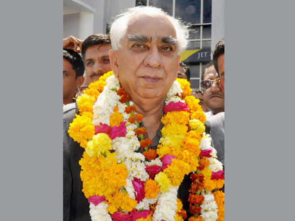 Jaswant Singh files nomination