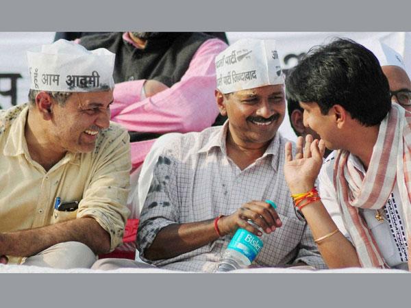 Kejriwal to tour Varanasi villages