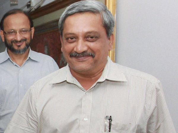 Parrikar gets clean chit from EC on poll code violation