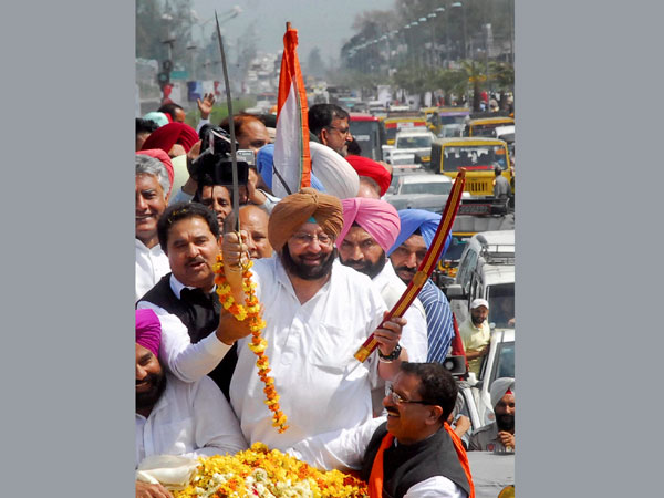 Capt. Amrinder Singh during his road show