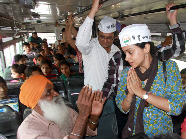 Aam Aadmi Party candidate Gul Panag with people
