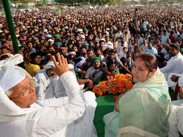 RJD chief Lalu Prasad at an election rally in Maner