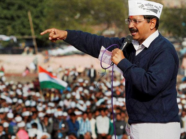 Kejriwal urges Lt Guv for fresh polls