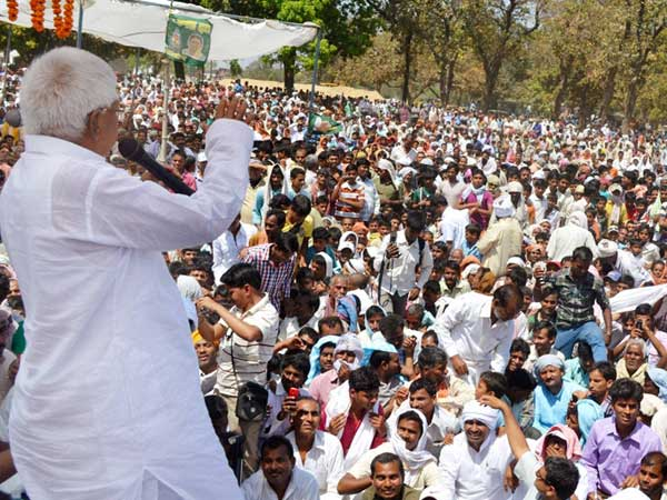 RJD chief Lalu Prasad Yadav addressing during an election campaign