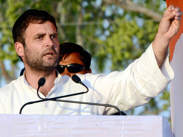 Rahul Gandhi addresses an election rally in Aurangabad