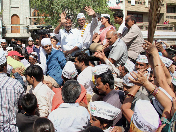 Arvind Kejriwal with party candidate from Chandni Chowk Ashutosh