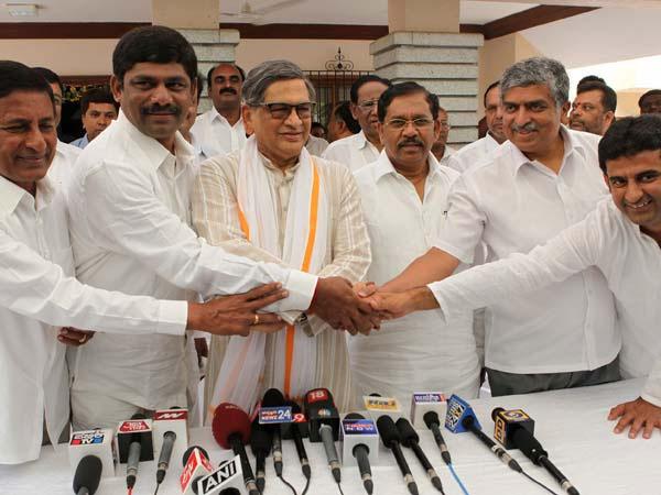 SM Krishna to campaign for Nandan