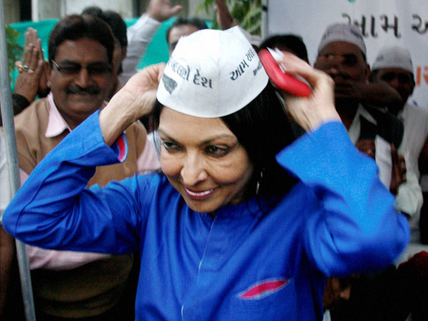 Mallika Sarabhai wears a cap after joining Aam Aadmi party