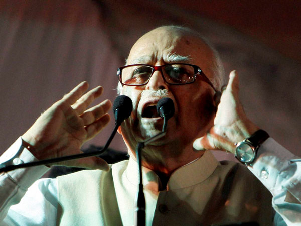 L K Advani addresses an election campaign rally