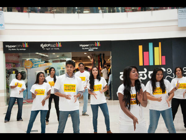 Youth flash mob supporting Nilekani