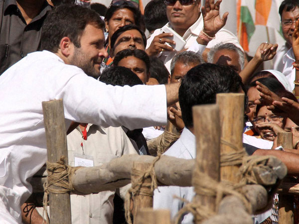 Rahul Gandhi meeting people during election campaign