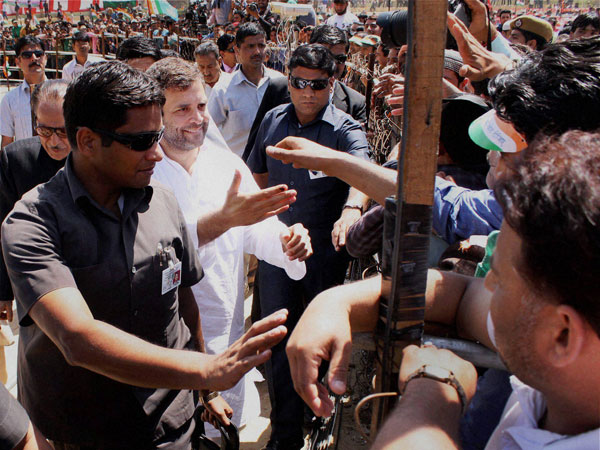 Rahul Gandhi meeting supporters at an election campaign